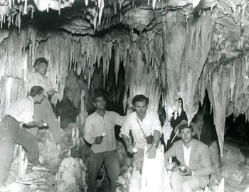 Discovery of the Cave of Nerja