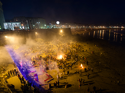 The popular celebration of San Juan on the beach - Photo by Danigmisc
